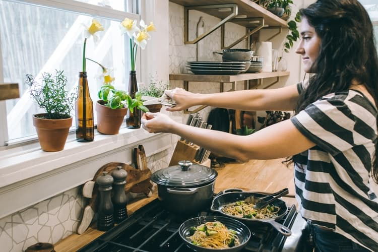 Meal Preparing With Ease & Happiness
